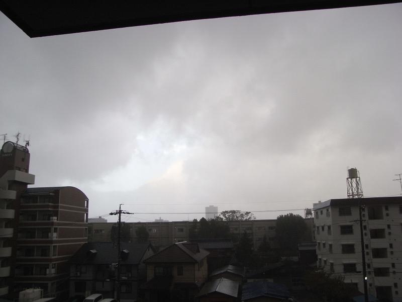 台風直撃?