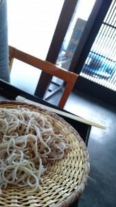 蕎麦とBRZ